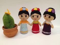Amigurumis De Frida Kahlo : Frida kahlo amigurumi tejiendo amores muñecos tejidos elo