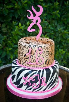 girly hunting themed sweet 16 cake