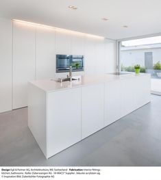Keukens - Design Egli & Partner AG, Architekturbüro, Wil, Switzerland - Fabrication Interior fittings - kitchen, bathrooms : Keller Züberwangen AG - HI-MACS® Supplier : kläusler acrylstein ag, © Inspiration Bild. Zuberbühler Fotographie AG