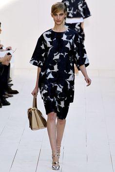 Chloé Spring 2013 Ready-to-Wear Fashion Show - Vanessa Axente (Viva)