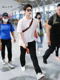 Yang Yang, Kdrama, Actors, Chinese, Couple, Fashion, Moda, Fashion Styles, Actor