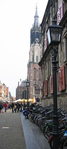 Bikes line a street in Delft, Ph.Sarah Earnhardt