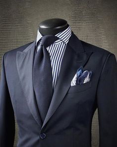 men suits 2017 - Click VISIT link for more - annabella Sharp Dressed Man, Well Dressed Men, Mens Fashion Suits, Mens Suits, Fashion Women, Suit Combinations, Mode Costume, Suit And Tie, Business Attire