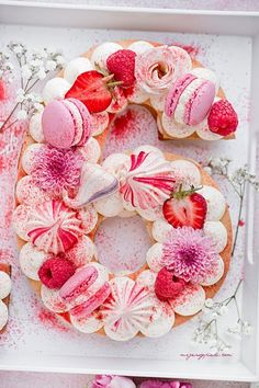 Mesmerizing Number Cakes that are Real Show-Stoppers Creative Cake Decorating, Birthday Cake Decorating, Creative Cakes, Decorating Supplies, Number Birthday Cakes, Number Cakes, Cake Birthday, Kreative Snacks, Alphabet Cake