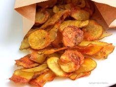 Chips, wer mag sie nicht ? Doch in Fertigchips stecken oft Geschmacksverstärker und künstliche Aromen. Also mache ich sie einfach selber. Und weil sie so einfach herzustellen sind und superlecker, hab