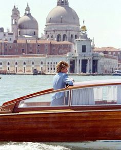 """607 Likes, 8 Comments - European Royal Families (@europeroyals) on Instagram: """"Diana in Venezia ❤ This beautiful remembers me on my fantastic trip to Venezia this summer …"""""""