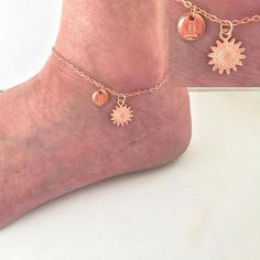 Rose gold anklet sunflower ankle bracelet sunflowe anklet leaf rose gold ankle bracelet boho anklet anklet beach jewellery by StatementMadeUK Gifts For Your Sister, Mum Gifts, Auntie Gifts, Sister Gifts, Family Gifts, Rose Gold Anklet, Bond, Tribal Tattoos For Women, Mother Daughter Necklace