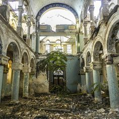 Hauntingly Beautiful Abandoned Places Around The World 0 - https://www.facebook.com/diplyofficial
