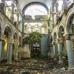 The abandoned Grand Synagogue in Constanta, Romania. - https://www.facebook.com/diplyofficial http://theowlromania.wordpress.com/2013/03/