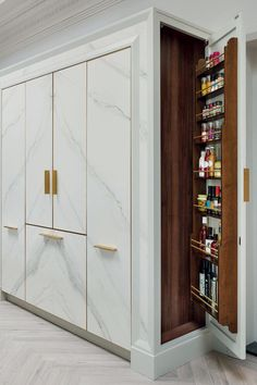 This amazing cheap kitchen cabinets is absolutely a remarkable style technique. … This amazing cheap kitchen cabinets is absolutely a remarkable style technique. - Cheap Kitchen Cabinets Tips Bedroom Furniture Design, Home Room Design, Bedroom Cupboard Designs, Modern Bedroom Interior, Modern Cupboard Design, Room Door Design, Wardrobe Door Designs, Kitchen Furniture Design, Dressing Room Design