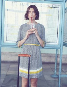 Dolly Kleid WH989 Kleidung bei Boden