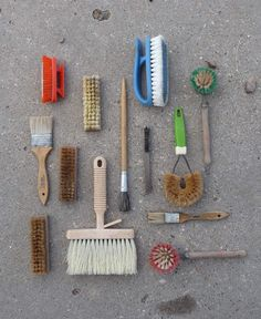 Austin Radcliffe Archaeology Brushes Organized Neatly Texas, 2010 One of the best summers of my life. This summer, too.