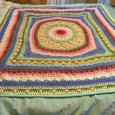 Ravelry: Morale Fiber's Lotus Throw pattern by Regina Weiss free pattern 10 ply