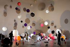 Katrin Brack's scenic design for Ubukönig katrin brack you are amazing! Set Design Theatre, Stage Design, Candy Room, Paper Balloon, Human Sculpture, Stage Background, Scenic Design, Opening Day, Creative Photos
