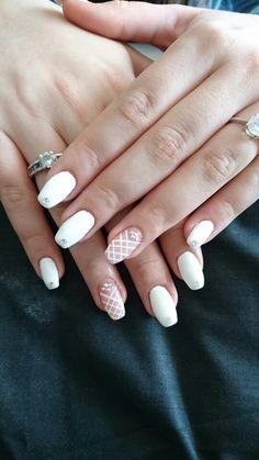Blanc nail croisé strass