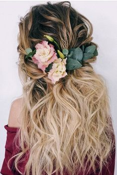 Best Wedding Hairstyles For Long Hair 2018 ❤ See more: http://www.weddingforward.com/wedding-hairstyles-for-long-hair/ #weddingforward #bride #bridal #wedding