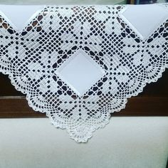 #crochetfilet #crochet #crochettablecenter #crochetlover #crochettablerunner #crochetlaces #crochetpineapple #centrotavola…