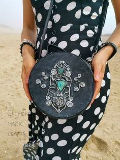 Crossbody Circular Round Witch Bag Purse Faux Leather Polymer Clay Metal Pentagram Spectrolite Labradorite Magic Witchcraft Witch Wicca Sister Gifts, Gifts For Wife, Gifts For Her, Bday Gift For Boyfriend, Boyfriend Gifts, Bottle Jewelry, Jewelry Art, Magic Crafts, Art Crafts