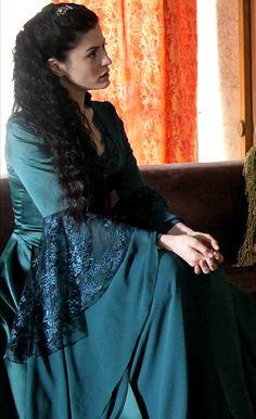 Sah Sultan, Muhtesem Yuzyil Dress