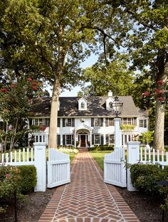 White Picket Fence. White Picket Fence Landscaping. White Picket Fence Ideas. #WhitePicketFence Jules Duffy Designs.