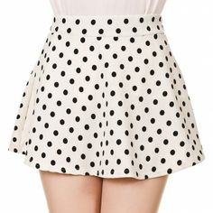 Get the skirt - Wheretoget Cute Skirts, Short Skirts, Mini Skirts, Movin On, Geek Chic, Polka Dot Top, Skater Skirt, Retro, My Style