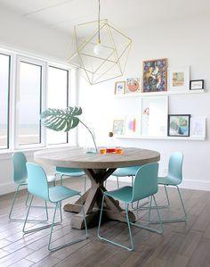 O charme dos centros de mesa. Veja: http://www.casadevalentina.com.br/blog/detalhes/o-charme-dos-centros-de-mesa-3163 #decor #decoracao #interior #design #casa #home #house #idea #ideia #detalhes #details #style #estilo #casadevalentina #diningroom #saladejantar