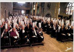 Les bigoudènes (Bretagne Sud) à la Messe du dimanche. Date ??