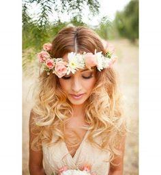 Couronne de fleurs de mariée : le style bohème chic