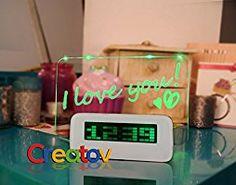 Parejas amor reloj despertador con pizarra para mensajes y 4 ejes puerto USB, blanco - por Creatov®