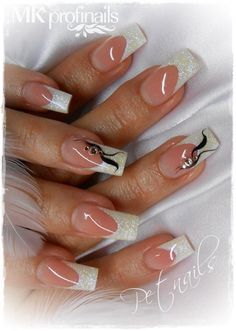 Gorgeous bridal nail art