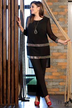 Elegant Dresses Classy, Stylish Dresses For Girls, Stylish Dress Designs, Designs For Dresses, Simple Pakistani Dresses, Pakistani Dress Design, Pakistani Fashion Party Wear, Muslim Fashion, Frock Fashion