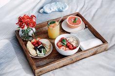 Getting Grammy-ready With Olay Breakfast Party, Breakfast In Bed, Breakfast Recipes, Romantic Breakfast, Cute Food, Good Food, Yummy Food, Desayuno Romantico Ideas, Food Trays