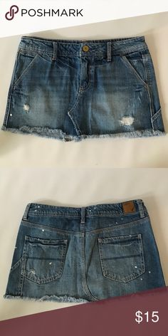American Eagle skirt EUC American Eagle skirt. Cute denim skirt with a white splatter paint design American Eagle Outfitters Skirts
