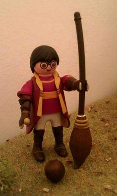 Harry potter en playmobil alizee bethune jallanges Lego Harry Potter, Harry Potter Characters, Ghostbusters Toys, Playmobil Toys, Anniversaire Harry Potter, Toy Display, Lego Worlds, Legoland, Jouer