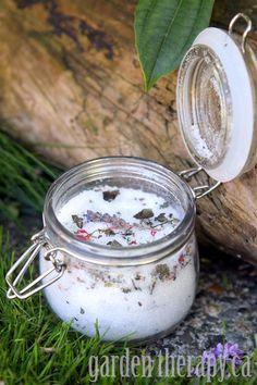DIY Cracked Heels Remedies ~ Gardeners Herbal Foot Soak Recipe (via Garden Therapy)