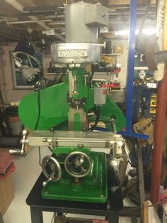 Burke-4-Horizontal-Vertical-Milling-Machine