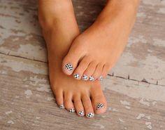 23 Cute Pedicure Designs for You   Glam Bistro