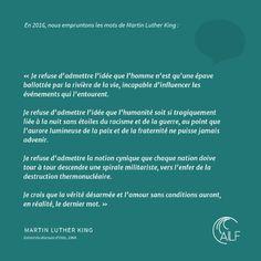 C'est le 27 mars 2002 que l'Association internationale des Libraires francophones est créée à Paris. Elle se compose alors de quarante libraires répartis dans trente pays.