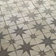 Merola Tile Star Nero 17-5/8 in. x 17-5/8 in. Ceramic Floor and Wall Tile (11.1 sq. ft. / case)-FPESTRN - The Home Depot