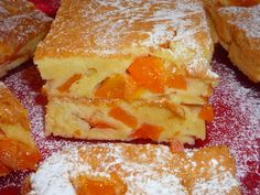 Pandispan cu caise Romanian Food, Apple Pie, Cornbread, French Toast, Bakery, Healthy Eating, Favorite Recipes, Sweets, Breakfast