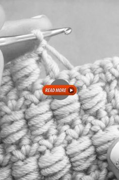 That's Gorgeous ? Crochet Bedspread Pattern, Crochet Purse Patterns, Baby Knitting Patterns, Crochet Shaw, Crochet Beret, Crochet Crocodile Stitch, Single Crochet Stitch, Baby Cocoon Pattern, Native American Tattoos