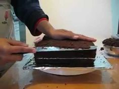 This is a tutorial for an open book cake.