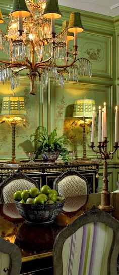 Interior design / This Dining Room is beautiful. Green Rooms, Decor, Green Interiors, French Country House, Elegant Dining, Beautiful Homes, Beautiful Interiors, French Decor, Dining