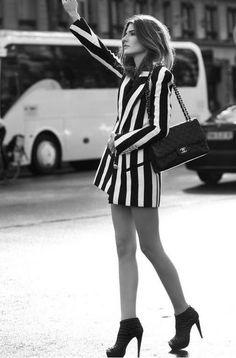 long striped blazer<3