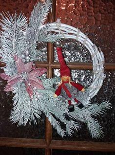 Christmas Wreaths, Holiday Decor, Crafts, Home Decor, Manualidades, Decoration Home, Room Decor, Handmade Crafts, Craft