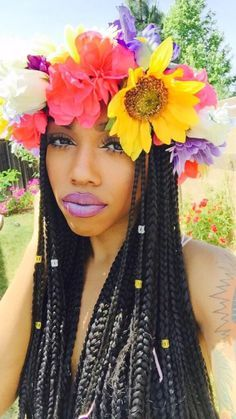 box braids and a flower crown inspiration Protective Hairstyles, Afro Hairstyles, Protective Styles, Twisted Hairstyles, Curly Hair Styles, Natural Hair Styles, Flower Braids, Flower Crowns, Dreadlocks