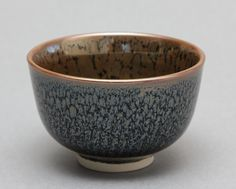 Wheel Thrown Porcelain Tea Bowl / Chawan with Oil Spot / Tenmoku Glaze by HsinChuen Lin
