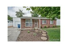11987 Brookmont, Maryland Heights, MO  63043 - Pinned from www.coldwellbanker.com
