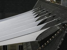 Fabric roof over inner courtyard Architecture Details, Landscape Architecture, Buildings Artwork, Membrane Structure, Tensile Structures, Fabric Structure, Textiles, Hospitality Design, Colour Schemes