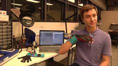 SignAloud el guante que traduce el lenguaje de signos [Vídeo]